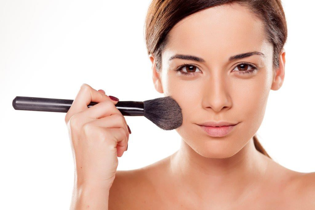 Understanding The Benefits Of The Natural Makeup